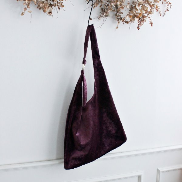 VELOUR SHOULDER BAG