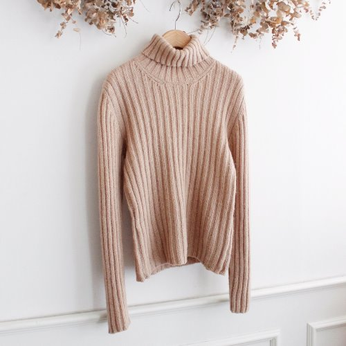 IS SUNAO KUWAHARA _ WOOL 100% KNIT